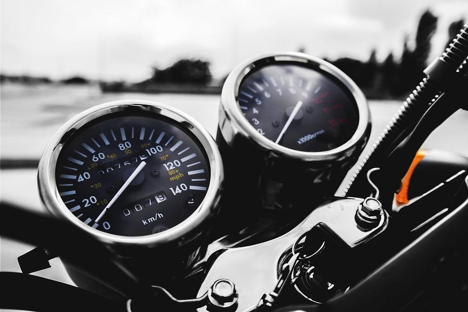 https://blog.autoserviciomotorista.com/wp-content/uploads/2018/10/motorbike-1839003_960_720.jpg